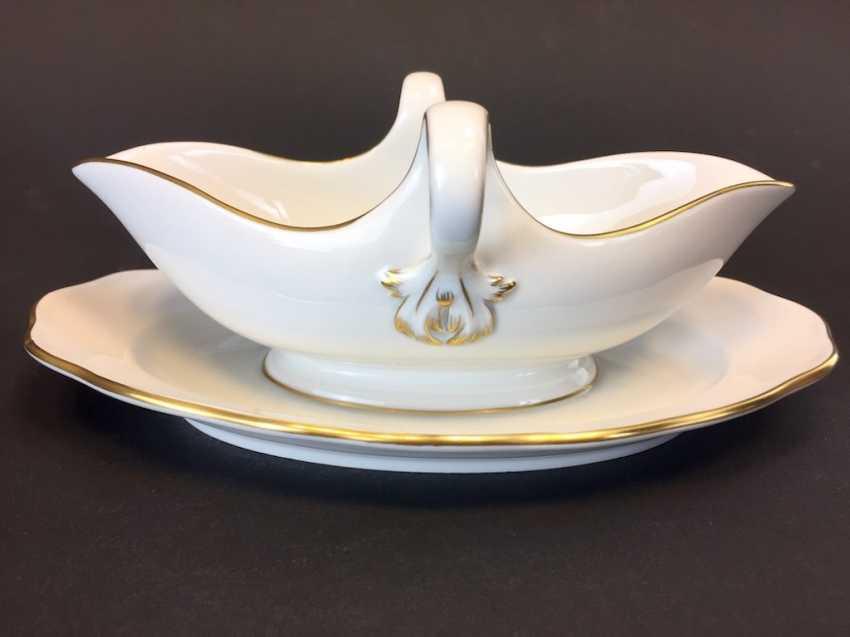 Gravy Boat: Meissen Porcelain. The gold edge. - photo 1