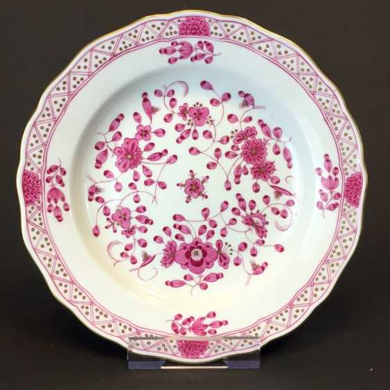 Plate: Meissen Porcelain. Indian purple and Gold. - photo 1