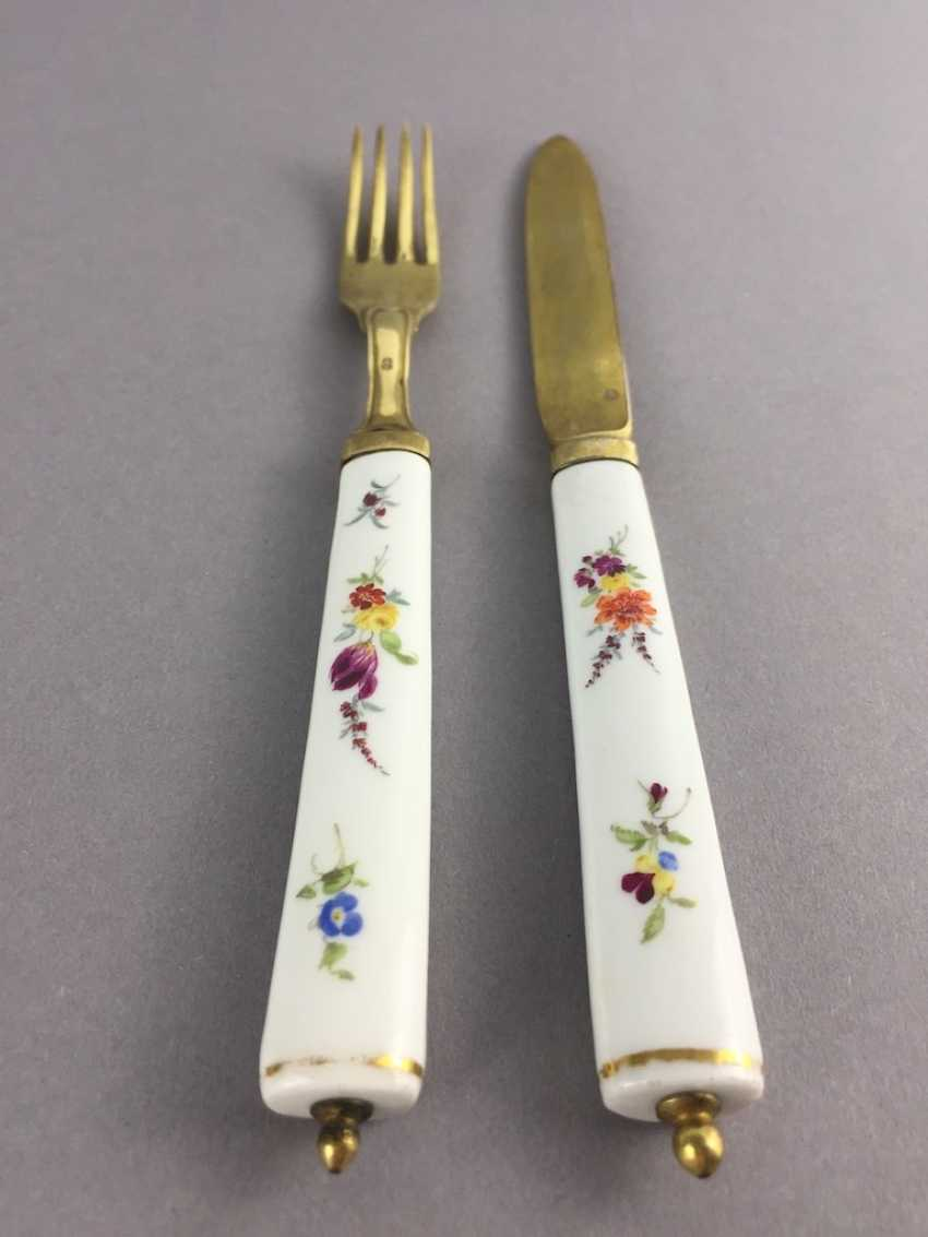 Cutlery: Meissen Porcelain. Knife and fork silver plated with porcelain handles. - photo 2