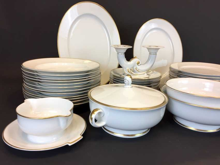 Extensive Art - Deco dining-Service: Rosenthal, gold edge, 12 people, very well. - photo 2