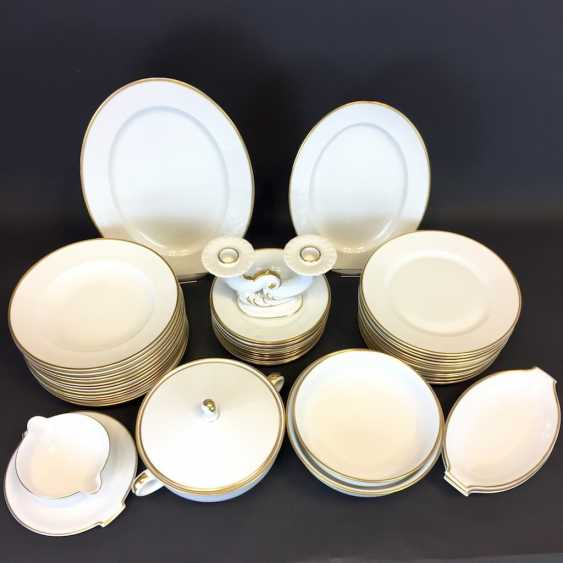 Extensive Art - Deco dining-Service: Rosenthal, gold edge, 12 people, very well. - photo 4