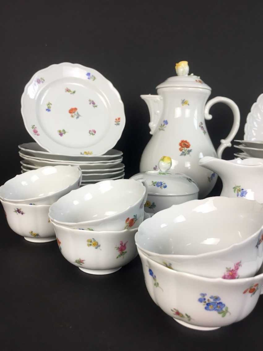 Tea Service, Meissen porcelain, New cutting, decor, scattered flowers, circa 1910, perfectly! - photo 2