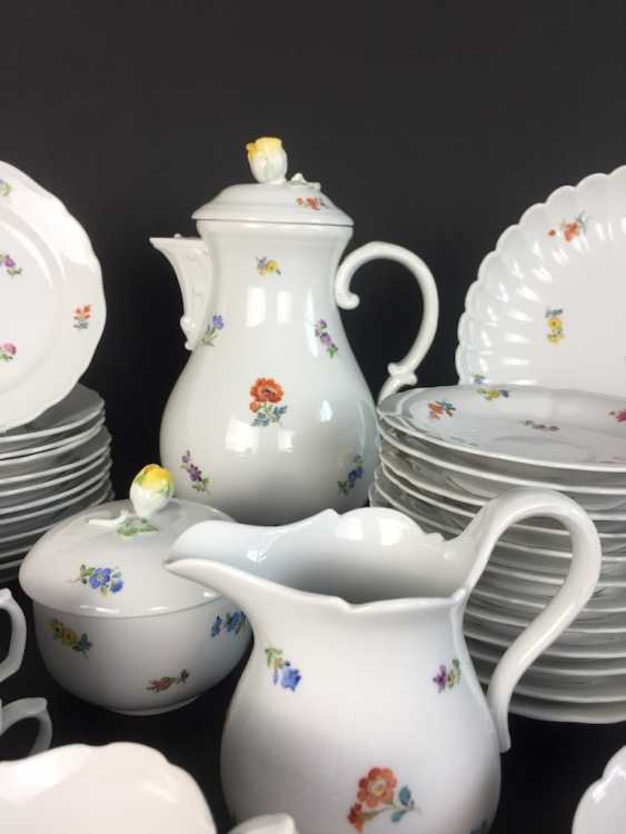 Tea Service, Meissen porcelain, New cutting, decor, scattered flowers, circa 1910, perfectly! - photo 3