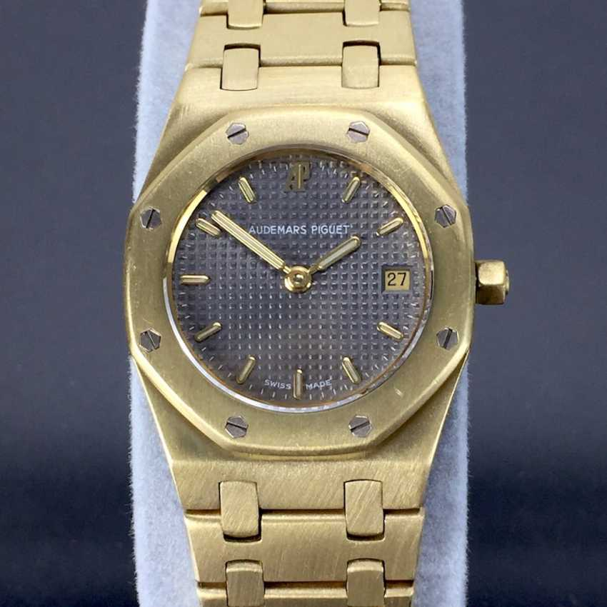 Audemars Piguet: Royal Oak Quartz Ladies Wristwatch. 18K Gold, date, Top, luxury, classic! - photo 1