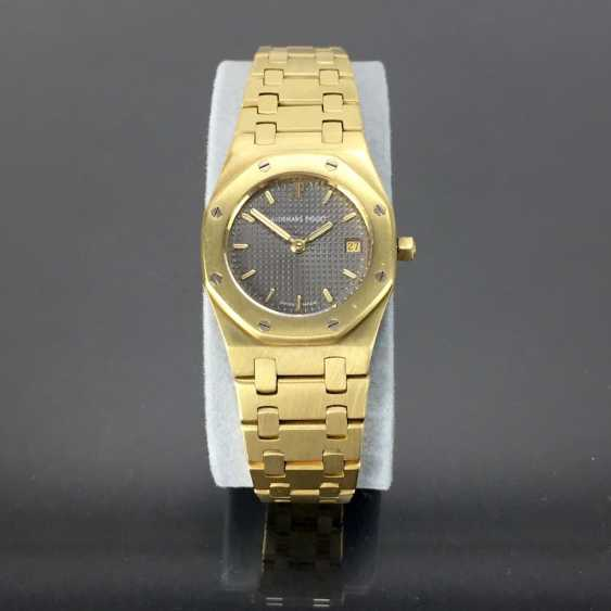 Audemars Piguet: Royal Oak Quartz Ladies Wristwatch. 18K Gold, date, Top, luxury, classic! - photo 8