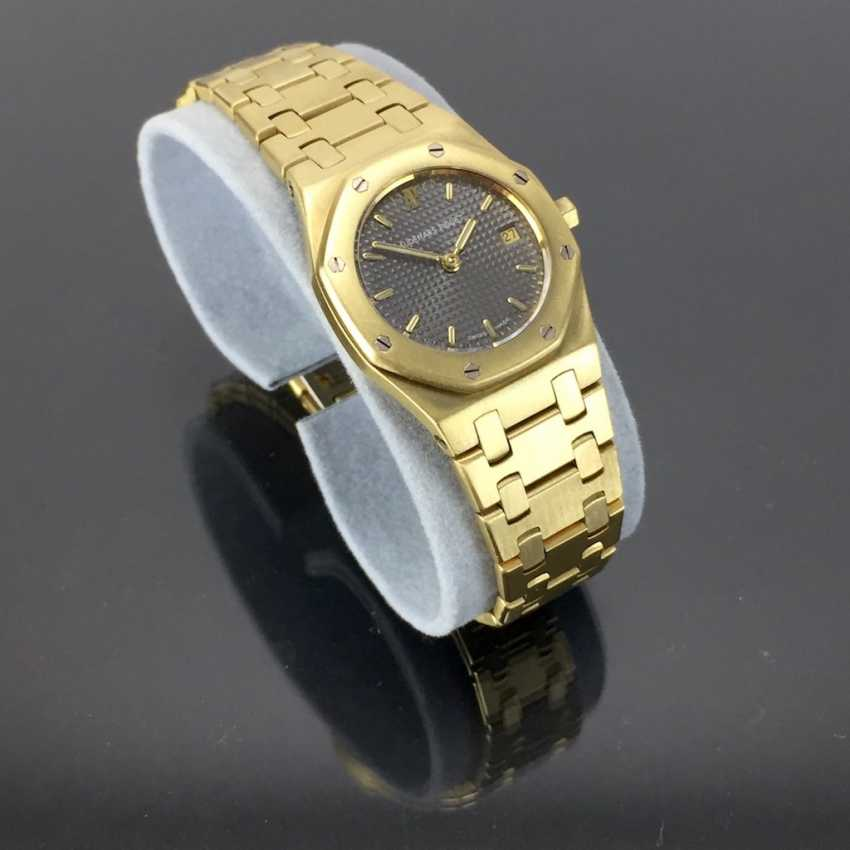 Audemars Piguet: Royal Oak Quartz Ladies Wristwatch. 18K Gold, date, Top, luxury, classic! - photo 9