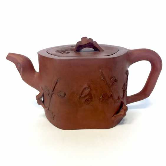Very rare Yixing teapot, China, 19th century. Century plastic decor. - photo 2