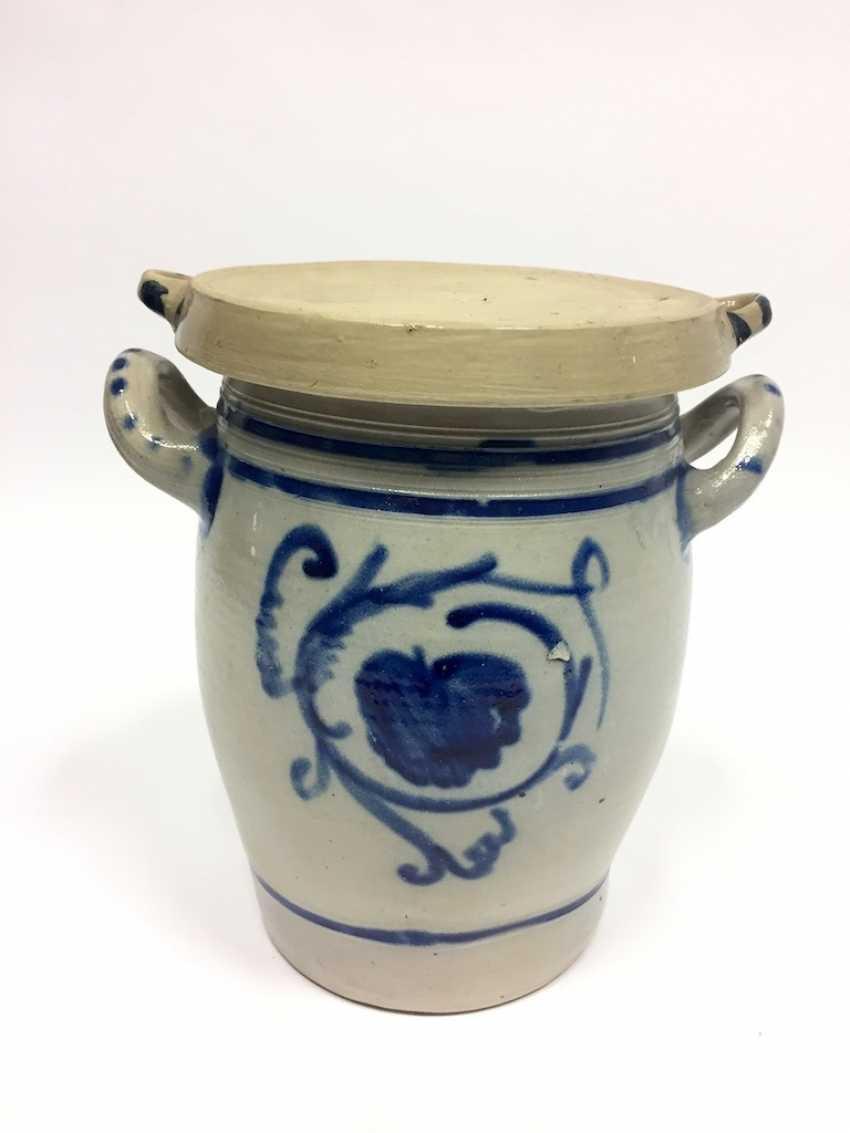 A large Westerwald stoneware pot with salt glaze. Um1900. - photo 1