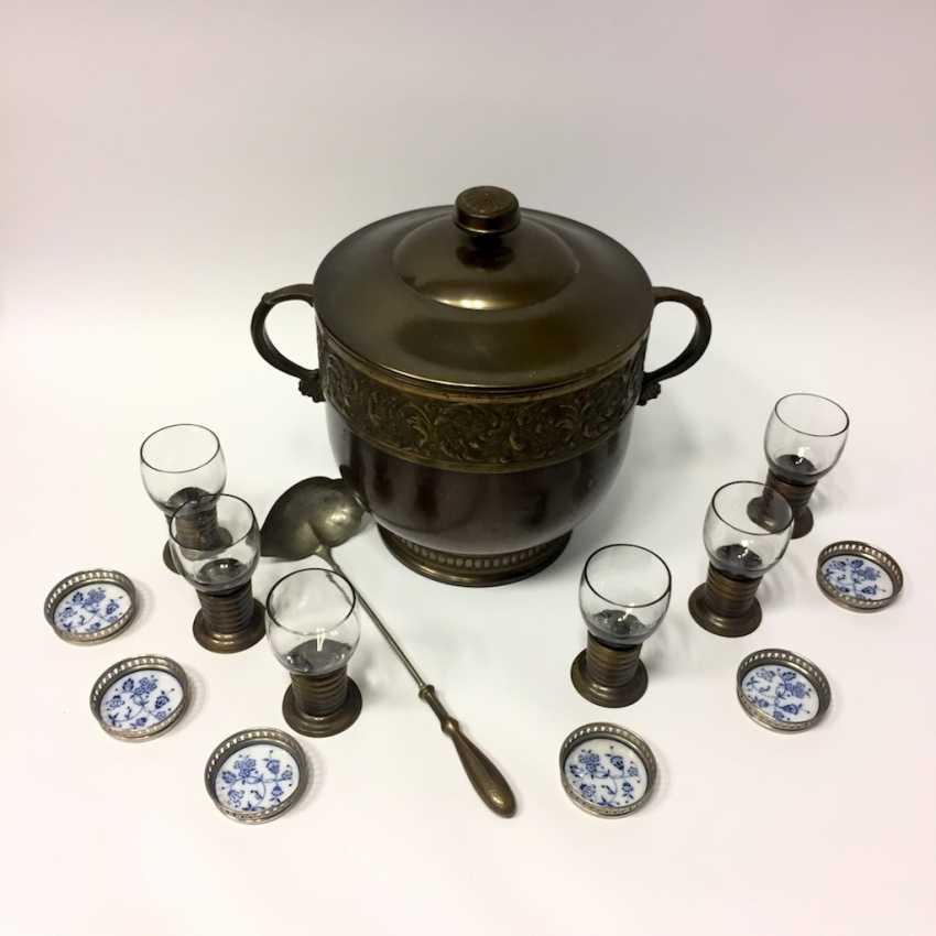 Art Nouveau Punch bowl / Punch bowl with ladle and six glasses. 1900. - photo 1