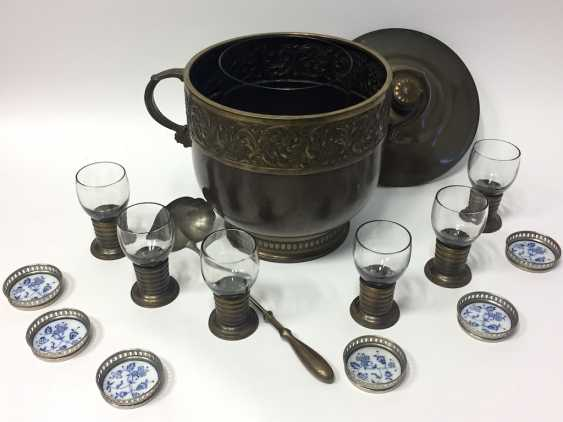 Art Nouveau Punch bowl / Punch bowl with ladle and six glasses. 1900. - photo 7