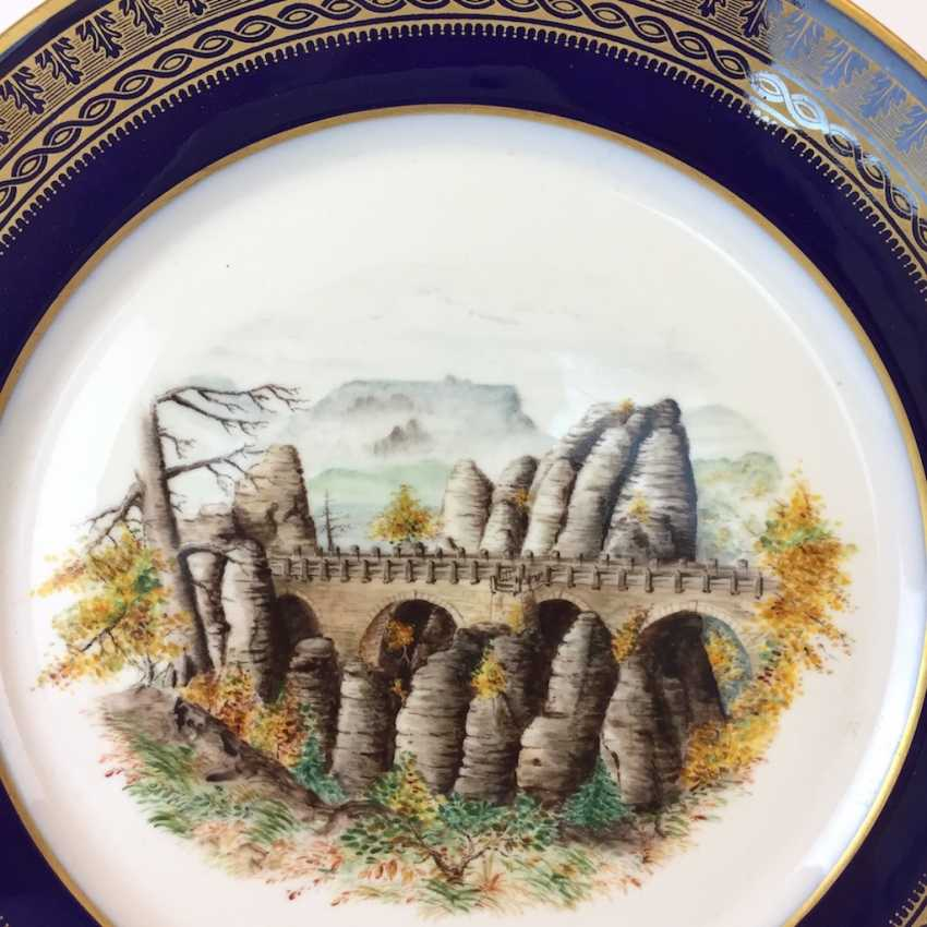 "Special views of plate: Meissen porcelain, gold rim, Form T-smooth, view ""Bastion"" / Saxon Switzerland. Unique. - photo 2"