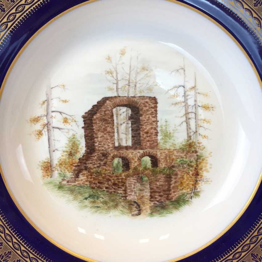 """Special views of plate: Meissen porcelain, gold rim, Form T-smooth, """"view of monastery Altzella"""". Unique. - photo 2"""