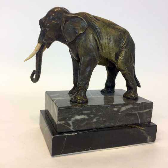 Bronze sculpture: elephant on marble and granite base. - photo 4