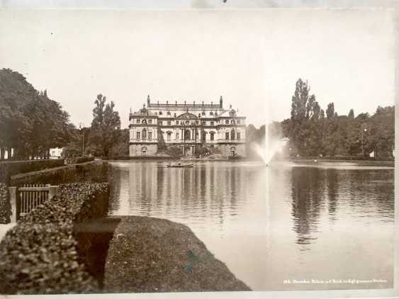 """Photografie: """"16b Dresden Palace with pond in the Kgl. large garden"""". 1900. - photo 1"""