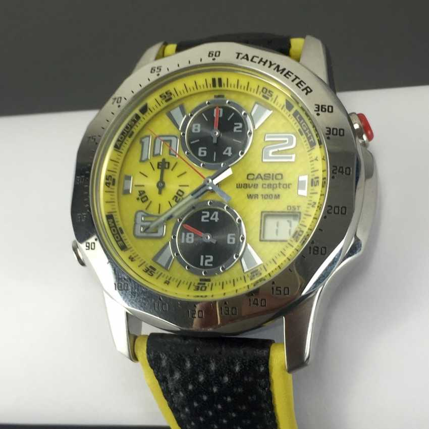 Casio Wave Ceptor WVQ-550LE-9AVER wrist watch for men. Yellow dial. Radio-controlled clock! - photo 1