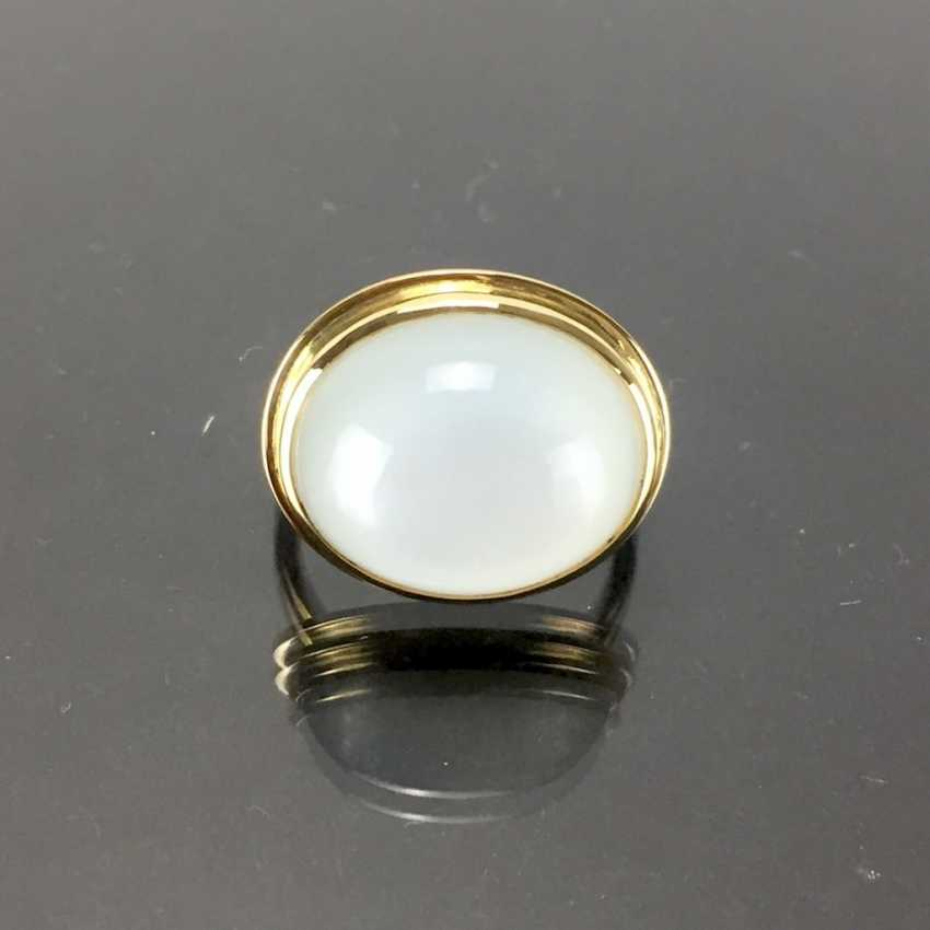 Designer Ring: yellow gold 750 with a moon stone. Unique. - photo 1