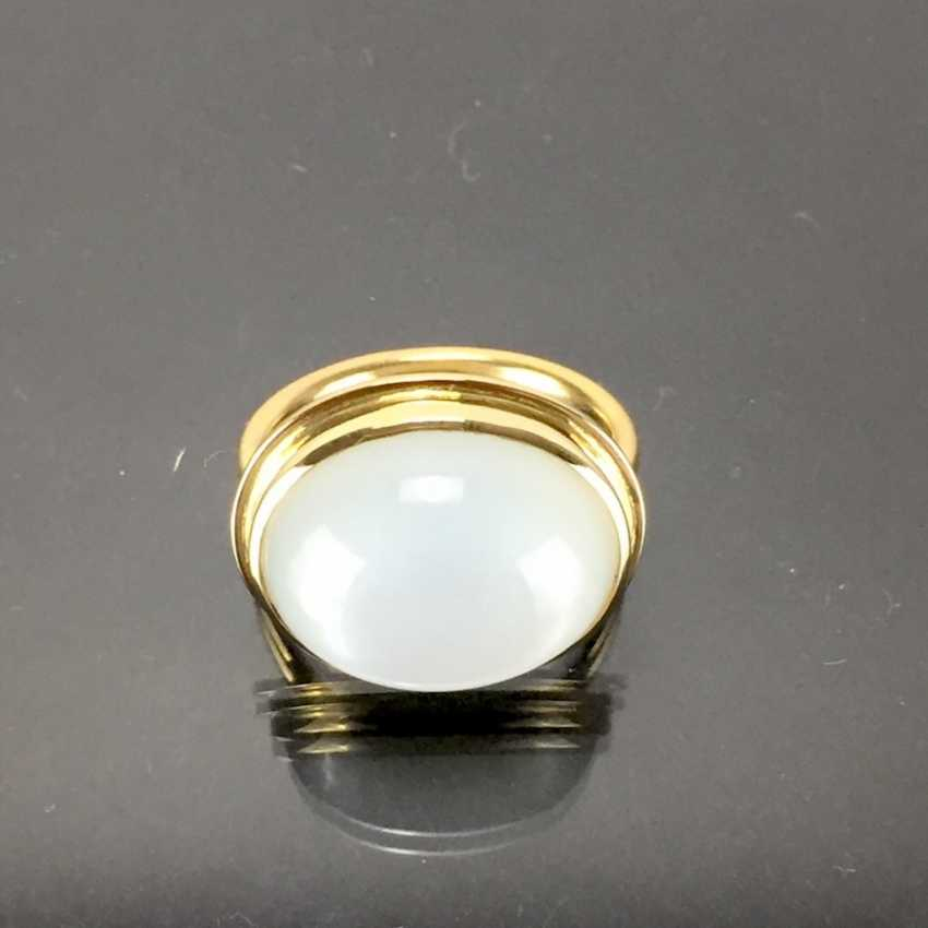 Designer Ring: yellow gold 750 with a moon stone. Unique. - photo 2