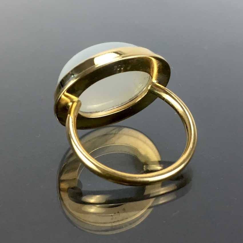 Designer Ring: yellow gold 750 with a moon stone. Unique. - photo 3