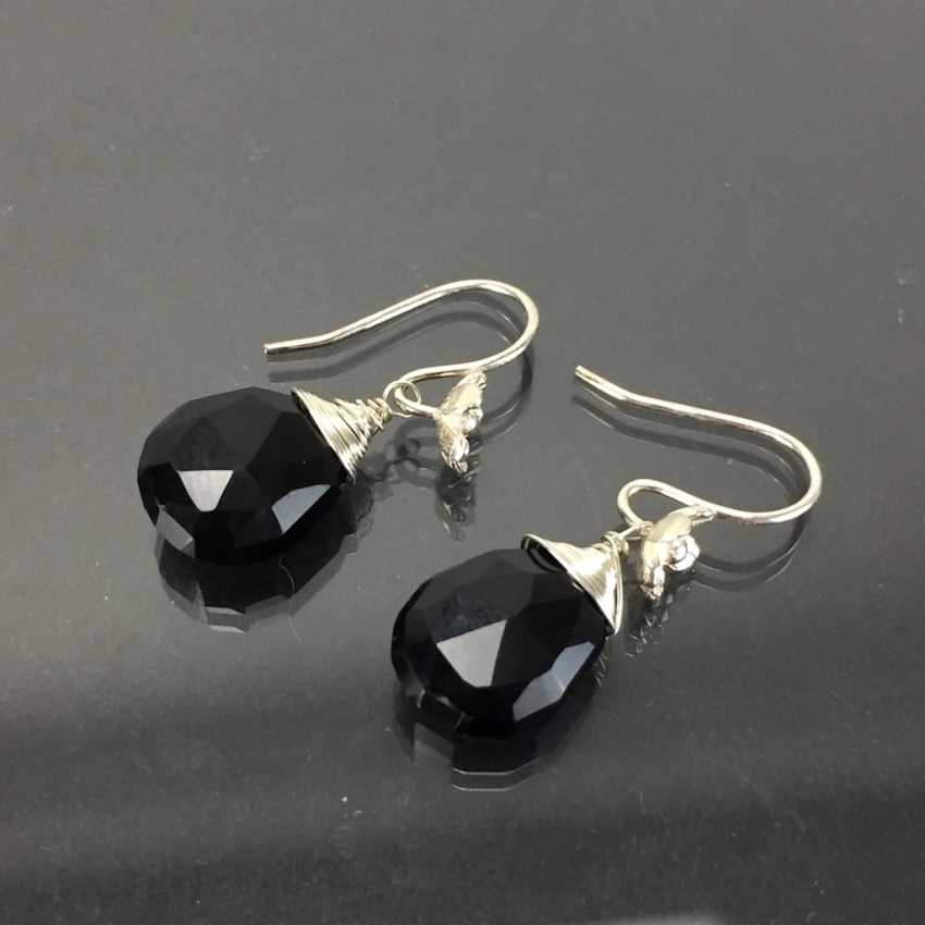 Elegant earrings: silver 925, rhodium plated, Onyx drop, very nice. - photo 2