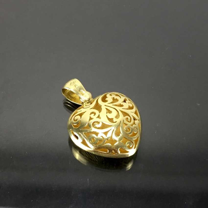 Opulent hand work pendant with rubies, Safiren, and emerald. Yellow gold 585. - photo 4
