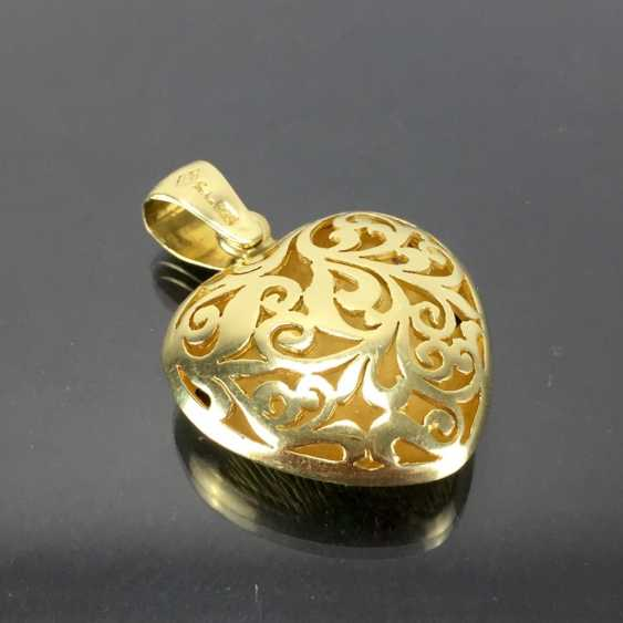 Opulent hand work pendant with rubies, Safiren, and emerald. Yellow gold 585. - photo 5