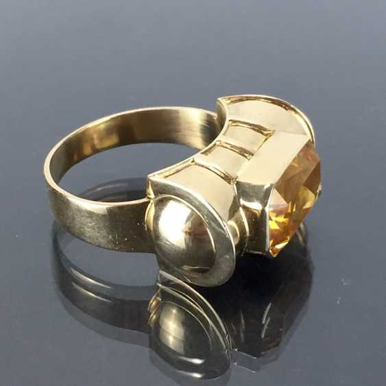 Respectable ladies ring with gold Topaz. Yellow gold 585. - photo 2