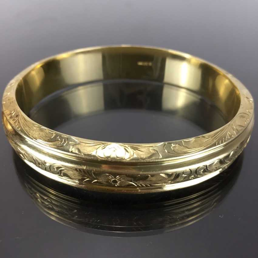 Fancy and heavy bangle bracelet: yellow gold 585, engraved, handmade. - photo 1