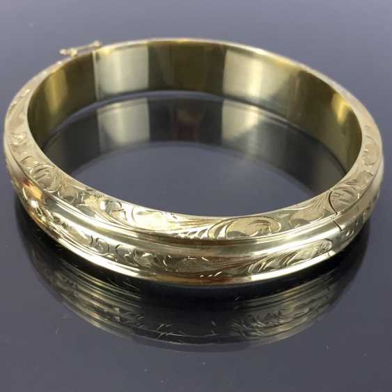 Fancy and heavy bangle bracelet: yellow gold 585, engraved, handmade. - photo 4