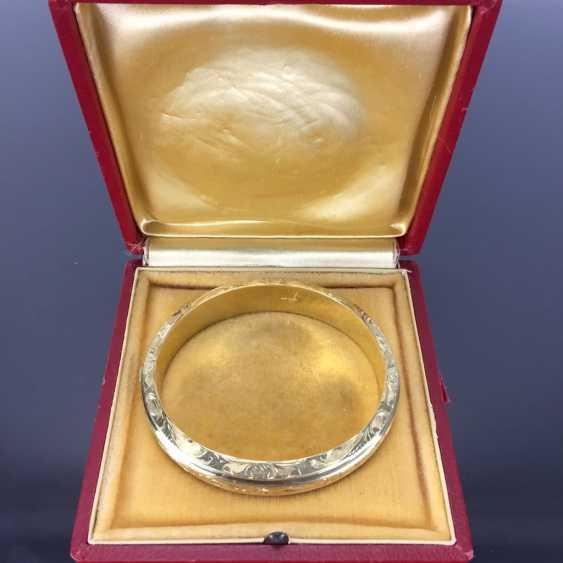 Fancy and heavy bangle bracelet: yellow gold 585, engraved, handmade. - photo 5