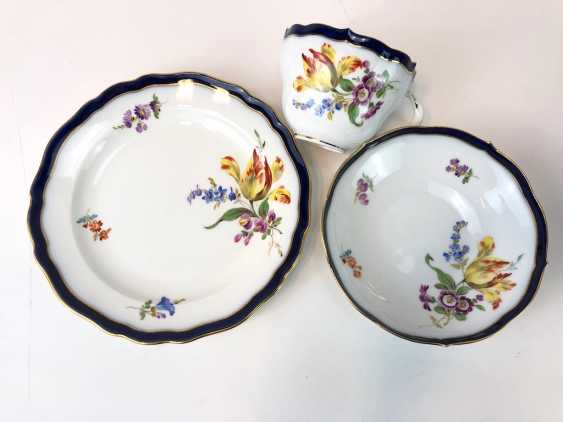 Coffee Service for 12 persons: Meissen porcelain, German flower, cobalt rim and Gold, very good. - photo 10