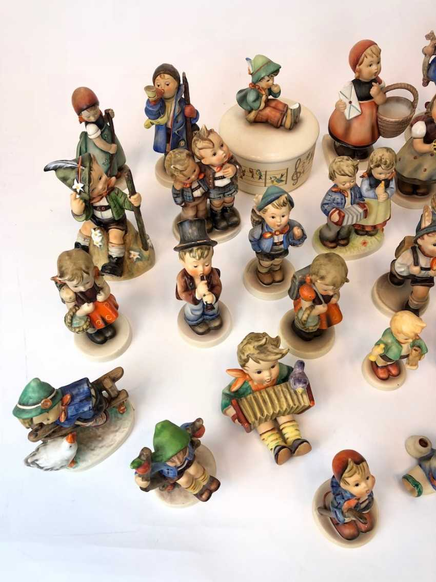 Very great Post Hummel figurines: 41 part of great children's characters, mid 20's. Century, GOEBEL. - photo 4
