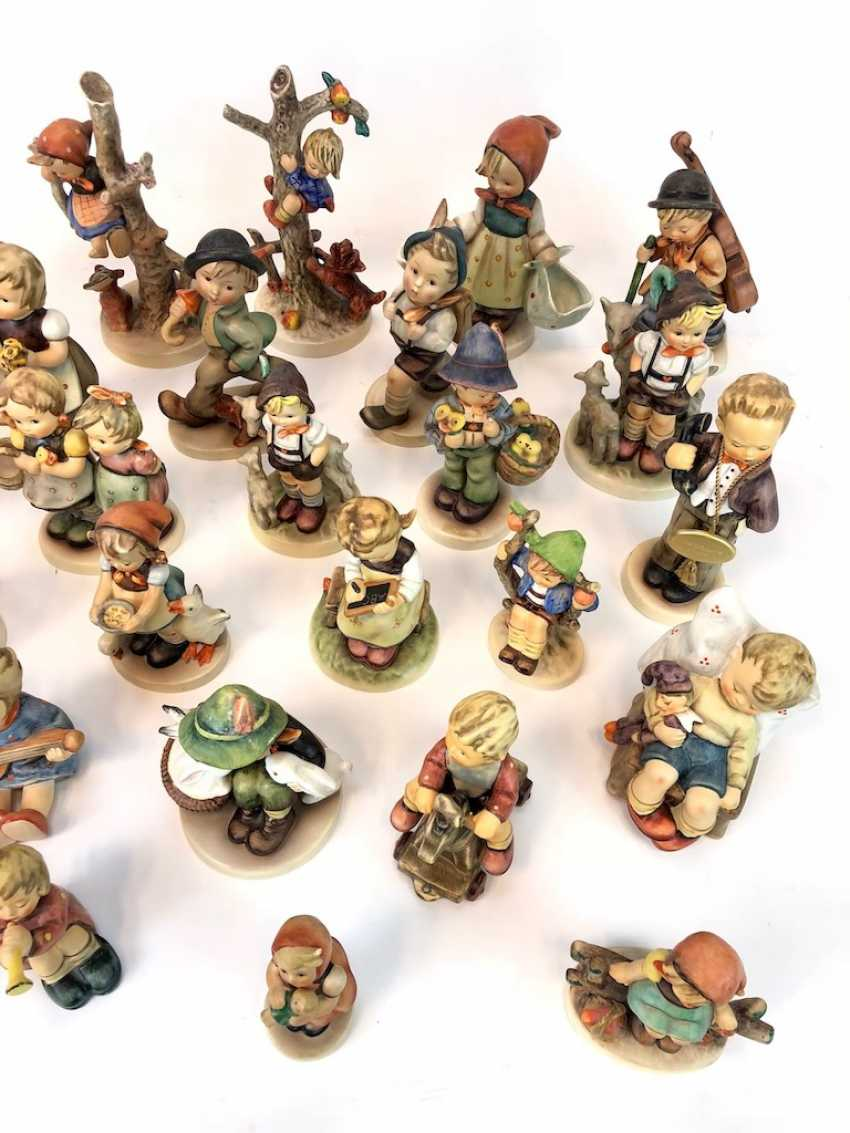 Very great Post Hummel figurines: 41 part of great children's characters, mid 20's. Century, GOEBEL. - photo 6