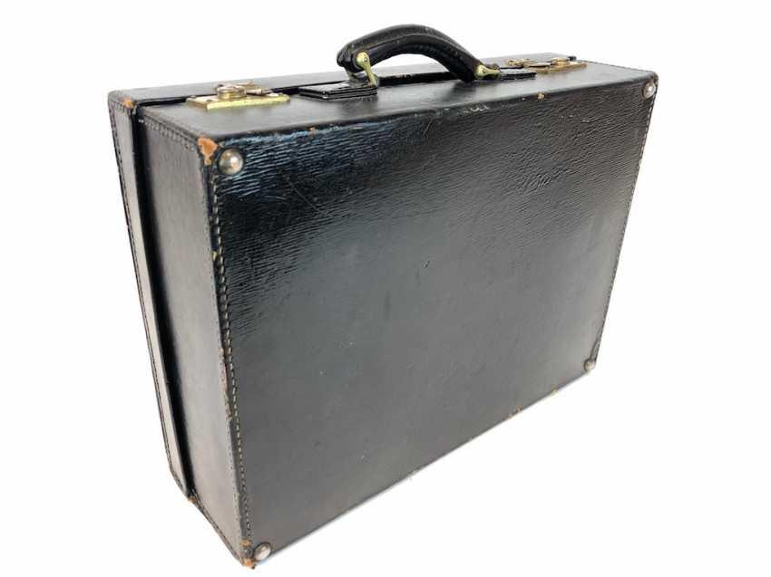 00699197c8f3c2 Los 9513. Necessaire-Koffer  Sehr eleganter Reisekoffer aus Leder ...