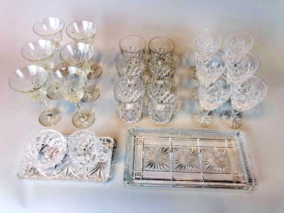 Great Post Crystal: 6 + 6 Wine Glasses, Water Glasses, Beer Glasses, Trays. Ges. 22 piece very good condition. - photo 2