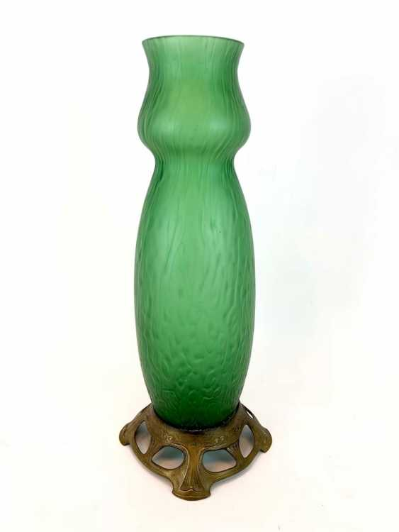Form Beautiful Vase: Art Nouveau Hand Work. - photo 1