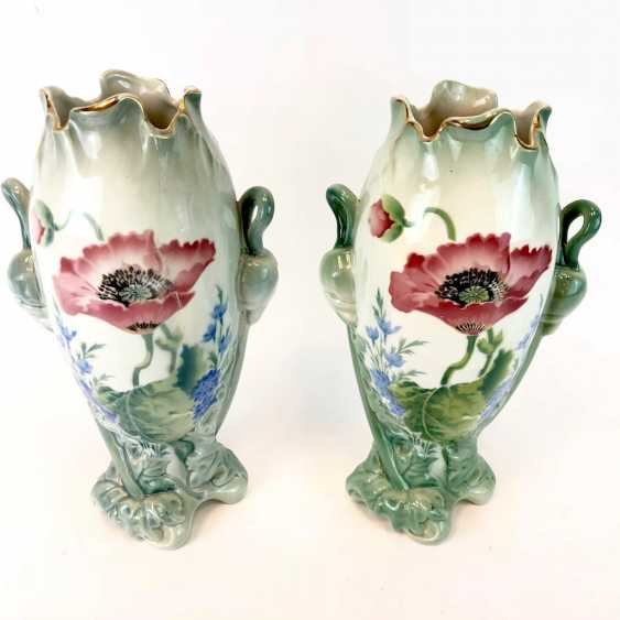 Pair of art Nouveau style vases: decor, poppies and Larkspur. Luneville Faience / Fayence. 1900. - photo 2
