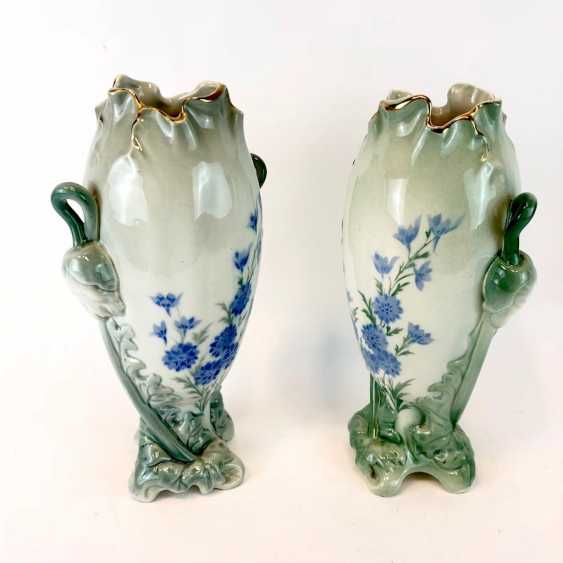 Pair of art Nouveau style vases: decor, poppies and Larkspur. Luneville Faience / Fayence. 1900. - photo 4