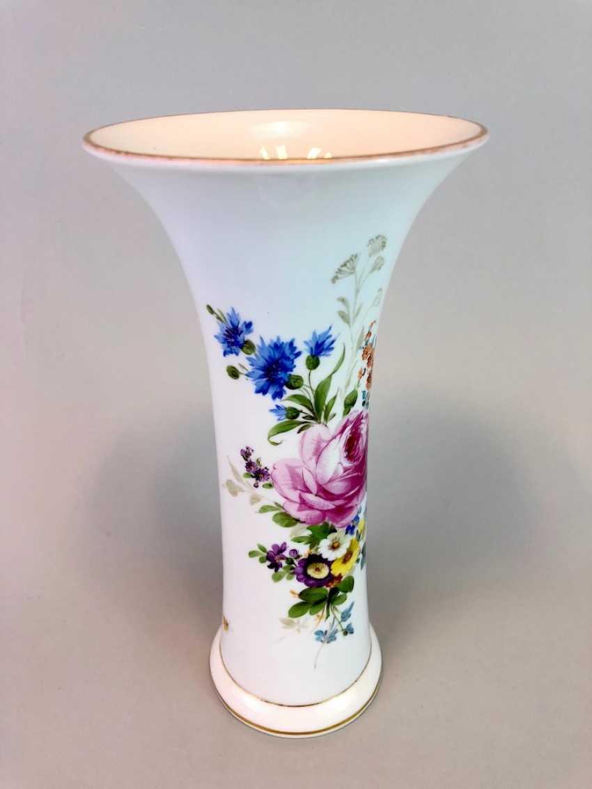 Bar vase / funnel vase: Meissen Teichert marked, flower Bouquett. - photo 2