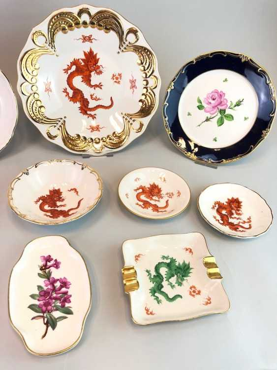 12 plates and shells in décor, red dragon and Red Rose. Very good. - photo 3