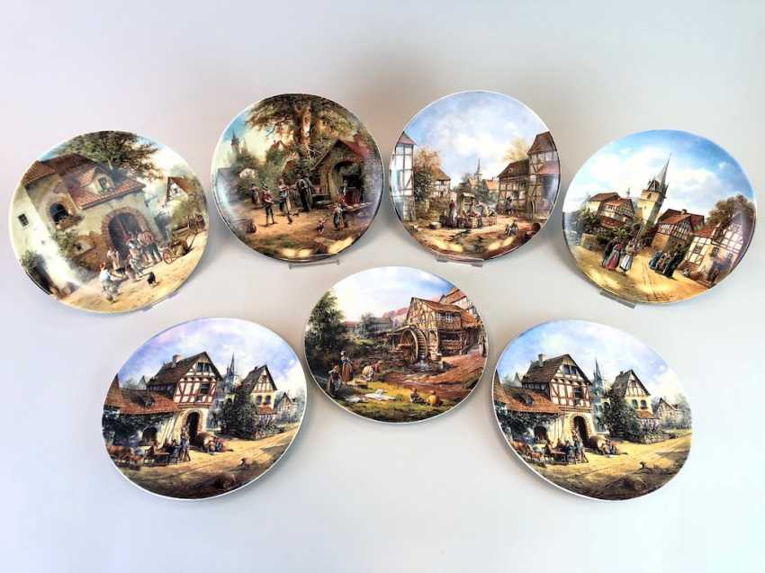 """Seven institutional / wall plate: Eleonore Guinther for Reichenbach porcelain adorns. """"Romantic Village Life"""". 1992/93. - photo 1"""