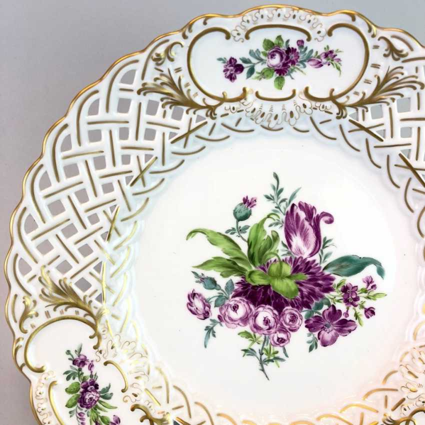 Breakthrough Dish: Meissen Porcelain. Flower Bouquett, Gold. - photo 2