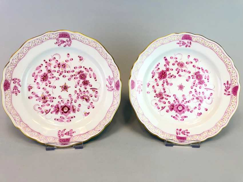 Two Plates: Meissen Porcelain. Indian purple painting rich with Gold. - photo 1