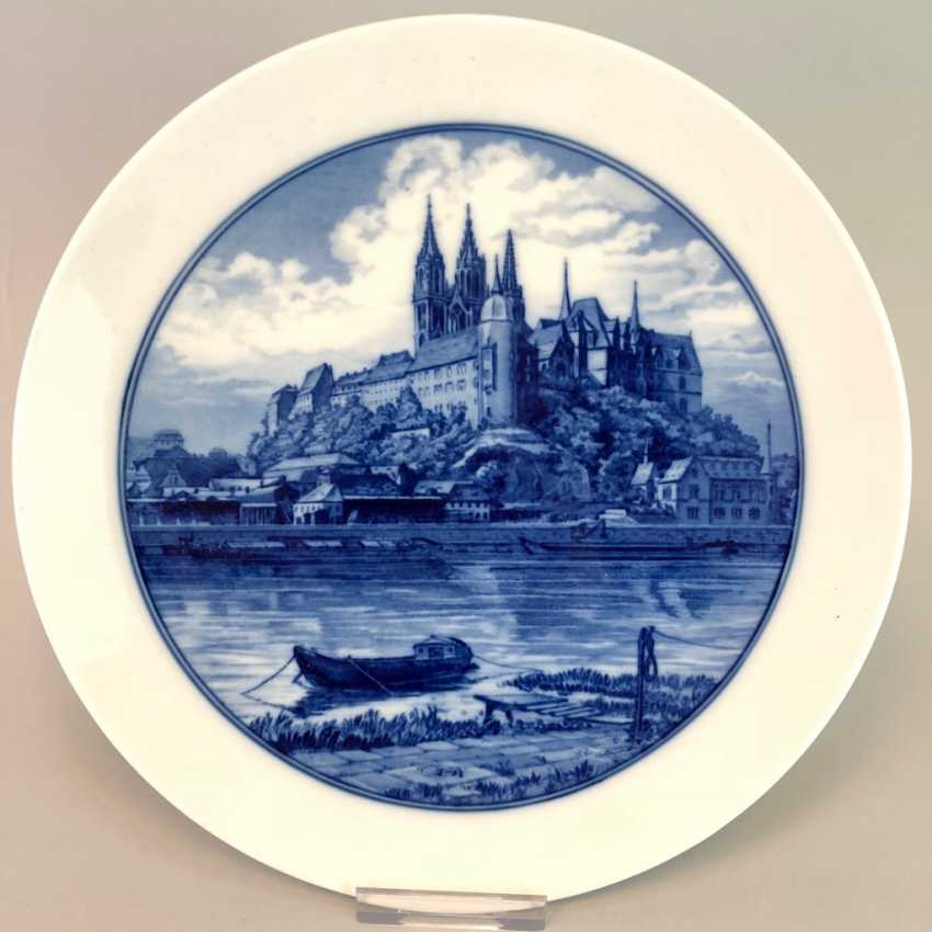 Plate / wall plate: view of Meissen, on the Elbe river and castle mountain in cobalt blue. - photo 1
