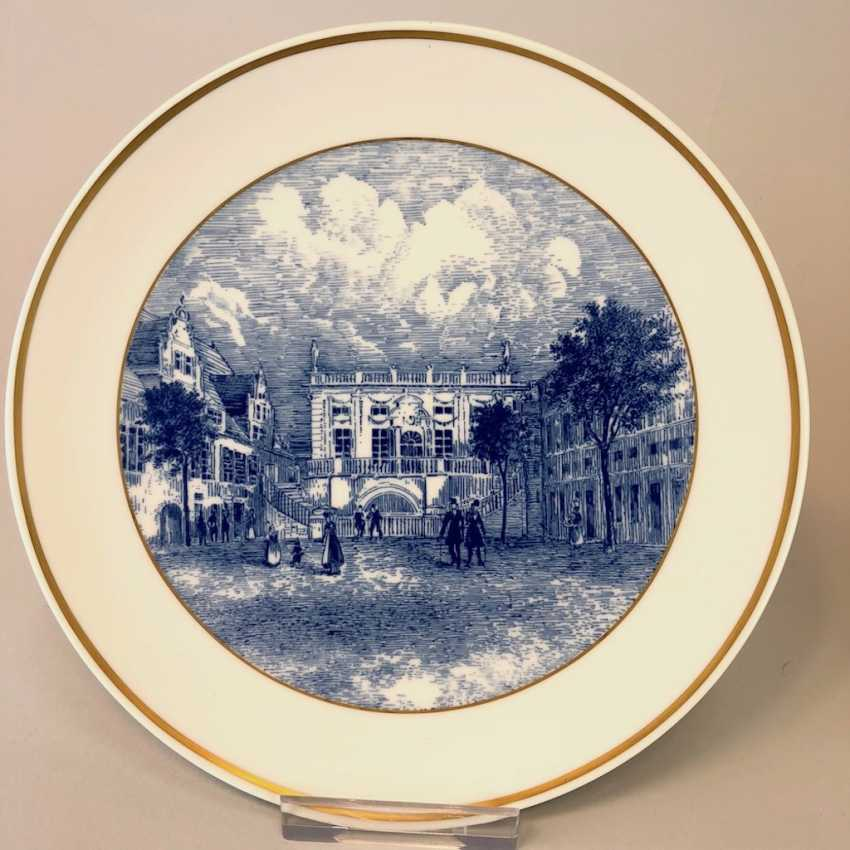 Two ornamental plates / wall plates: Meissen porcelain, view to Semper Opera in Dresden and the view of the Old stock exchange in Leipzig. Cobalt blue. - photo 3