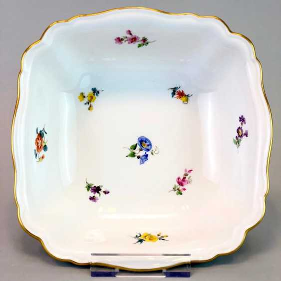 Carrée Cup, Meissen Porcelain. Pfeiffer time, scattered flowers, Gold, very good. - photo 1