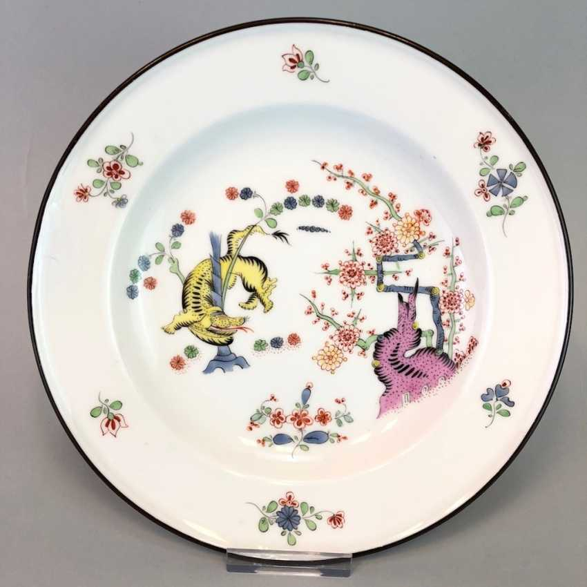 Plates from the Royal Farmstead Dresden: Meissen porcelain, decor age Rich Yellow lion, 1891, very good! - photo 1