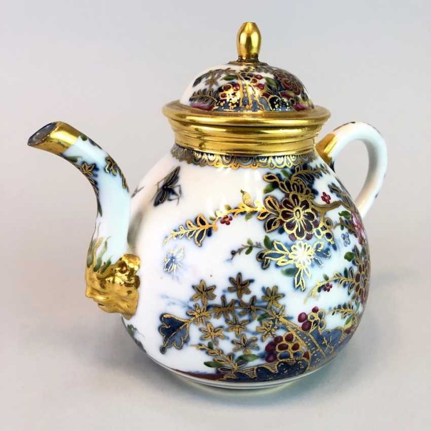 Highly significant and Museum-like teapot with mask spout: Meissen porcelain in about 1725. - photo 6