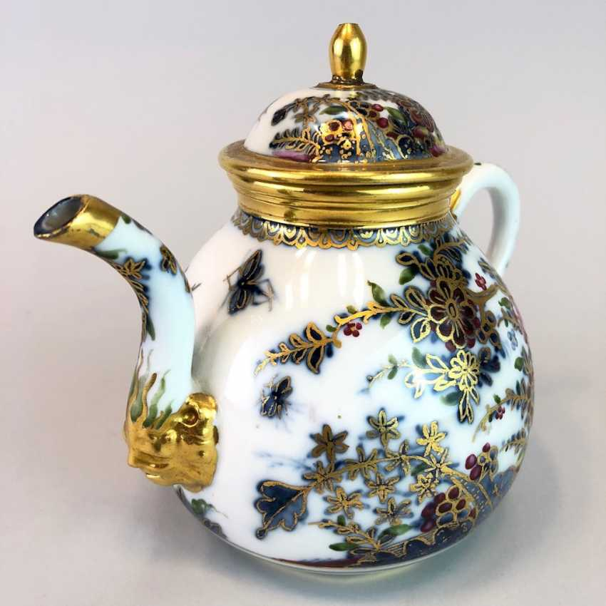 Highly significant and Museum-like teapot with mask spout: Meissen porcelain in about 1725. - photo 7