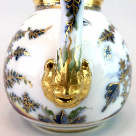 Highly significant and Museum-like teapot with mask spout: Meissen porcelain in about 1725. - photo 8