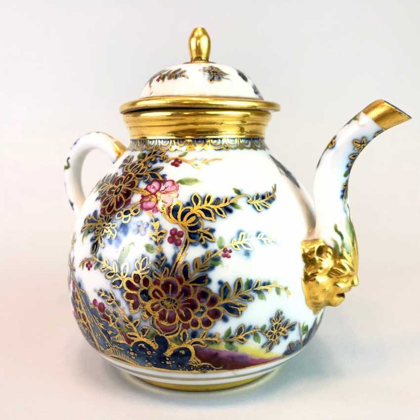 Highly significant and Museum-like teapot with mask spout: Meissen porcelain in about 1725. - photo 9